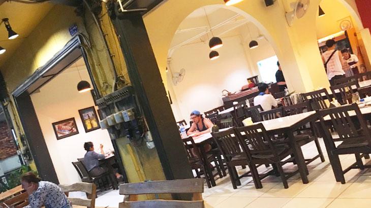 【ラオス】旅行者にも食べやすいラープが美味しいビエンチャンにあるラオス料理のお店「ラオキッチン」