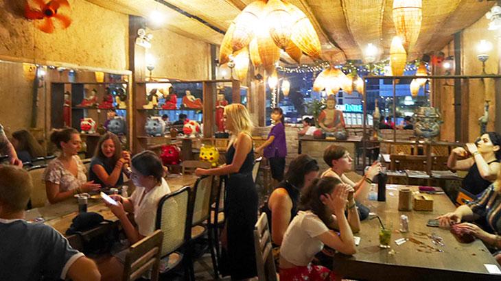 【ベトナム】山岳地帯の山小屋をイメージしたホーチミン都心部のレストラン「マウンテンリトリート(Mountain Retreat)」