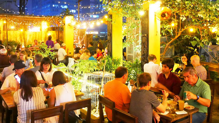 【ベトナム】ホーチミンのルーフトップレストラン!「シークレットガーデン(Secret Garden)」ビル群の夜景を眺めながら楽しむベトナム料理
