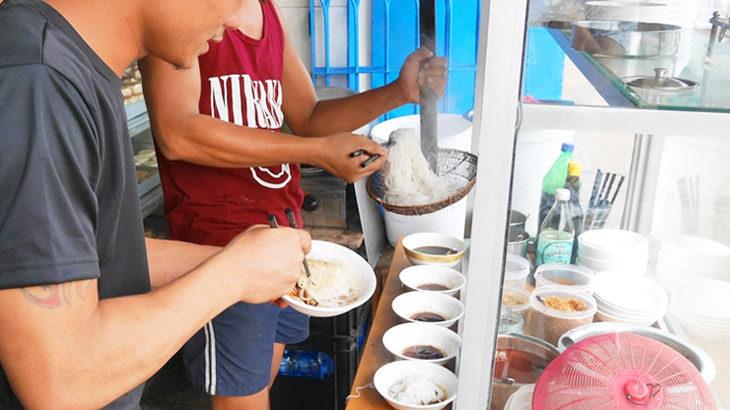 【ミャンマー】ミャンマーの朝ごはん!ヤンゴンのゴールデンベルで食べるシャン麺とラペイエ&デザート