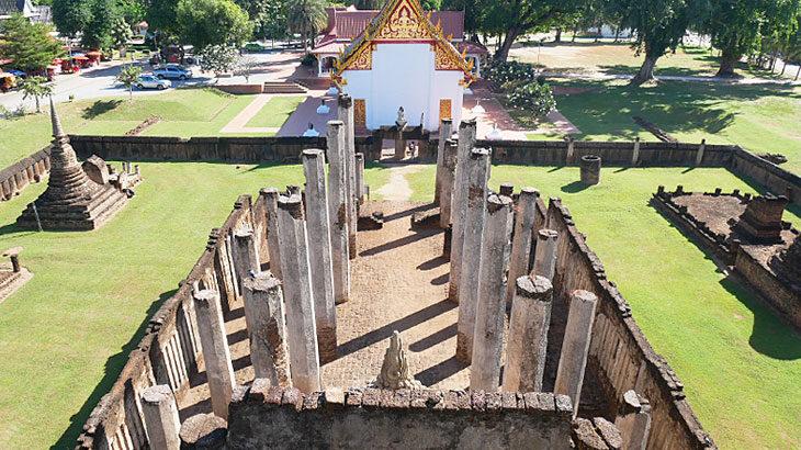 【タイ】シーサッチャナーライ歴史公園の遺跡巡り!森の中に眠る遺跡郡に出会う旅